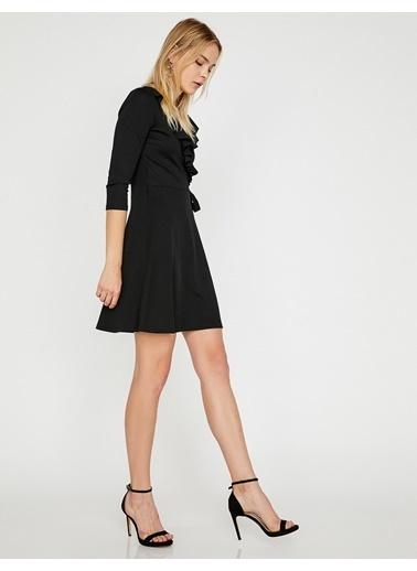 Koton V Yaka Volanlı Mini Elbise Siyah